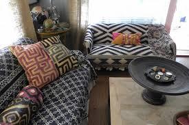 raviver couleur canapé tissu housses de canapé protègent nos meubles et raviver l intérieur de la