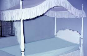 types of canopy beds super design ideas bed curtains ideas