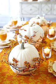 this is decorations for thanksgiving table collection table