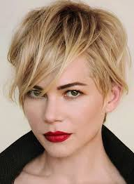 hair cut back of hair shorter than front of hair best 25 michelle williams ideas on pinterest michelle williams