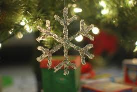simply pinspirational diy glue snowflake ornament