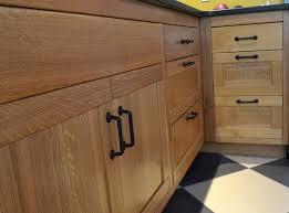 quarter sawn oak shaker kitchen cabinets quarter sawn white oak base cabinets white oak kitchen