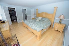 Bedroom Bed In Corner 1 Poets Corner 4 Bed 2 5 Bath Crossman Properties