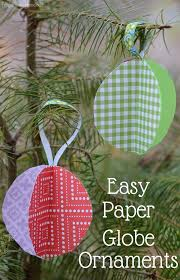 10 easy tree ornaments to make