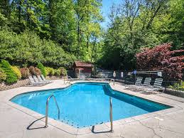 1 bedroom cabins in gatlinburg tn jackson mountain homes peace of mind 1 bedroom mtn views pool access jetted tub