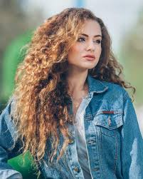 long layered haircut curly hair 1000 images about curly hair on