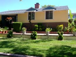 landscaping ideas for front of ranch style house home decorating