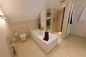 badezimmer mit dachschräge moderne bäder mit dachschräge erfreuliches auf badezimmer wohnbad