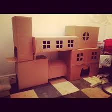 Easy Way To Build A Toy Box by Best 25 Cardboard Cat House Ideas On Pinterest House Of Cat