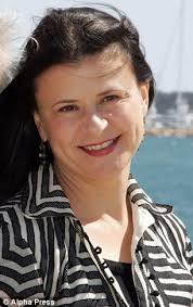 tracey ullman is back on the bbc after 30 years daily mail online
