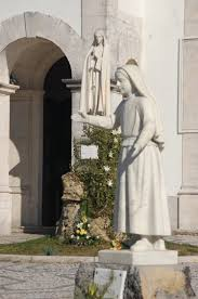 catholic pilgrimage tours sculptures statues architecture our of fatima basilica europe
