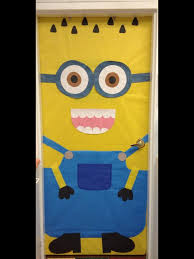 minion classroom door despicable me preschool ideas pinterest