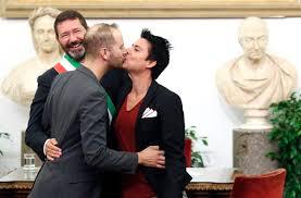 mariage ã l italienne 20 minutes mariage le maire de rome a défié la loi monde