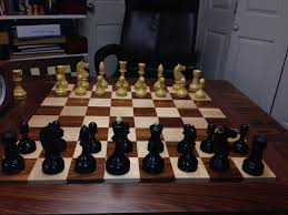 looking at a chess set but have a question about it for tournament