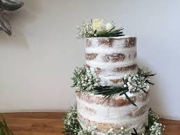 wedding cake sederhana 5 cara menghias kue pengantin simpel menjadi menarik weddingku