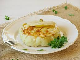 cuisiner le patisson patisson farci au poulet et gratine a la mozzarella recettes bio
