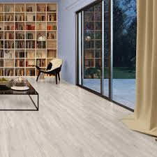 White Wood Effect Laminate Flooring Quickstep Classic 8mm Reclaimed White Patina Oak Laminate Flooring