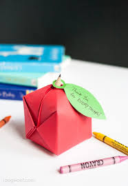 origami apple favor