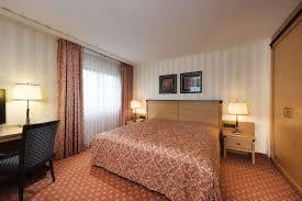 rooms u0026 suites hotel dresden book hotels dresden maritim