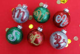 glitter monogram ornaments ilovetocreate