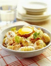 cuisiner gnocchi recette gnocchi façon carbonara recette cuisine facile