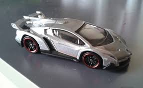 lamborghini veneno wheels just unveiled the nicely detailed wheels lamborghini veneno