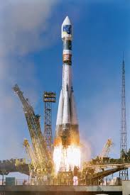 space in images 2001 11 soyuz fregat launch of first pair of