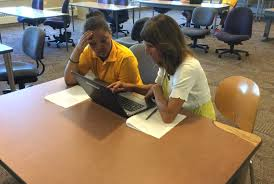 Sample College Admissions Essay Mhs Staff Help Seniors Strengthen College Essay Writing Skills