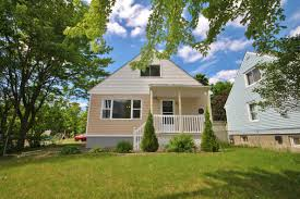 sold large corner lot central home with inlaw suite