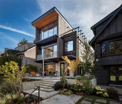 Mid Century House Mid Century Home Design With Exposed Structural Steel I Beam And