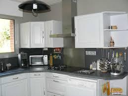 repeindre sa cuisine en gris repeindre sa cuisine en bois gallery of repeindre cuisine bois