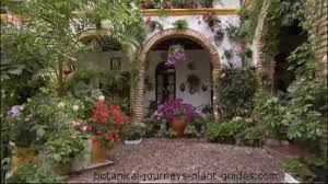 spanish courtyard designs 4 exles of courtyard landscape design landscaping gardens