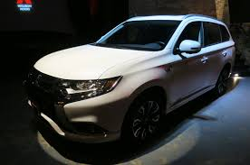 Mitsubishi Evo 11 Release Date Mitsubishi Launching Outlander Phev In New York Third Crossover