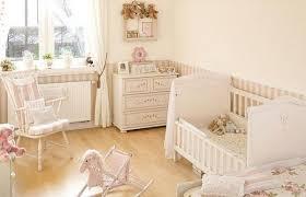 parquet chambre fille design interieur chambre de bébé aménagement idée originale lit