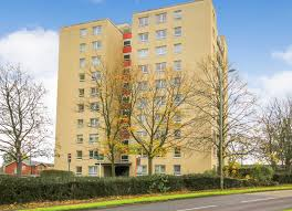 apartment with balcony property for sale superbly presented 2 double bed 6th floor