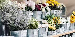 local flower shops best flower delivery service april 2018 homethods