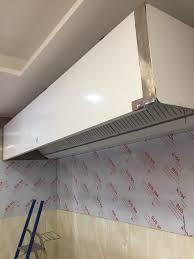 pose d une hotte de cuisine l imperial pose d une hotte d extraction cuisine etge