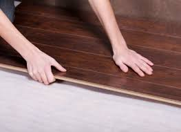what size expansion gap should be left when installing laminate