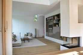 Esszimmer Mit Kamin Einrichten 360 Familienfreundliches Haus In Wiesbaden Kamin Modern