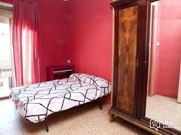 location chambre barcelone location appartement dans un immeuble à barcelone iha 9082