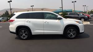 toyota credit bank used certified one owner 2017 toyota highlander le v6 awd