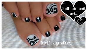 toenail art design black and white pedicure diseño de uñas de