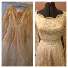 wedding dress restoration great lakes wedding gown specialists complete gown care