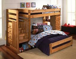 doppelbett kinderzimmer wählen sie das richtige hochbett mit treppe fürs kinderzimmer