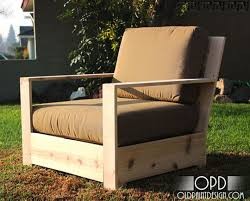 Diy Wood Garden Chair by Best 25 Rustic Outdoor Lounge Chairs Ideas Only On Pinterest