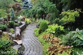garden paths 12 stepping stone garden path ideas empress of dirt