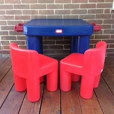 Toddler Plastic Table And Chairs Set Lot Vintage Little Tikes Plastic Table Drawers Chunky Red Chairs