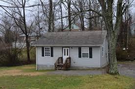 homes for sale in crossville tn 38555 140 dogwood ave crossville tn 38555 mls 1031272 redfin