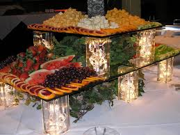 Centerpieces For Banquet Tables by Best 25 Food Table Displays Ideas On Pinterest Buffet Displays