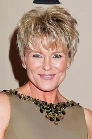 hairstyles for women over 50 with fine hair with a double chin short haircuts fine hair over 50 hair